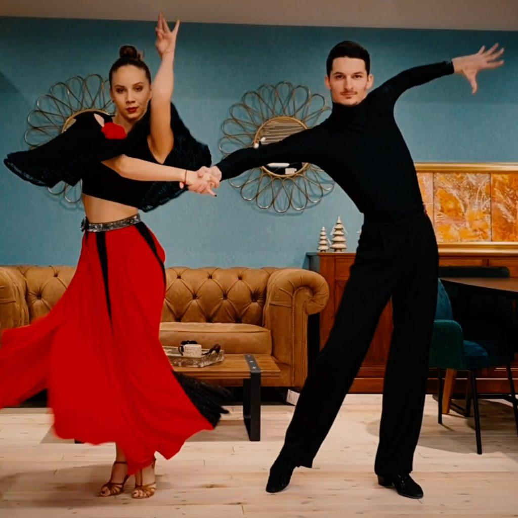 Латино танци за начинаещи в DIVA ZONE